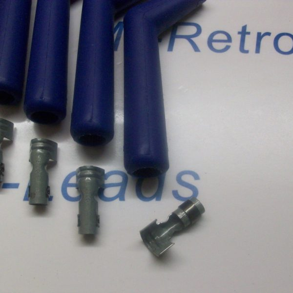 8 Blue Silicone Ignition Lead Spark Plug Boot Terminal 45 / 135 Degree V8 Gmc